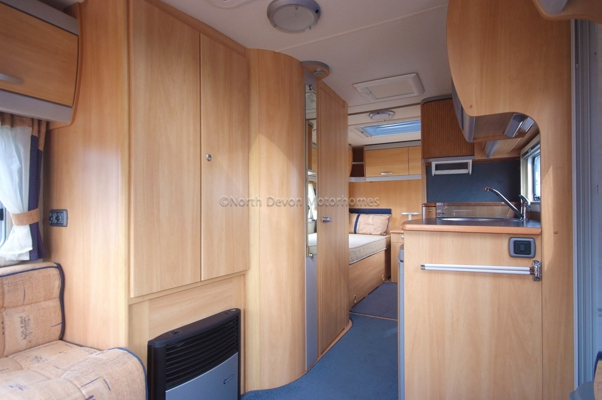 Sold Swift Sterling Eccles Jade 2007 Twin Fixed Single